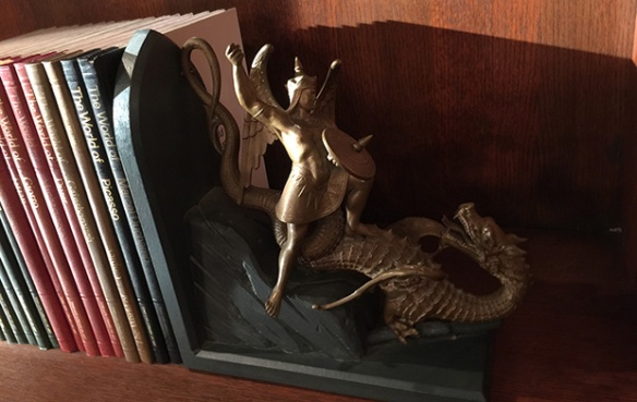 dragon-bookend.jpg